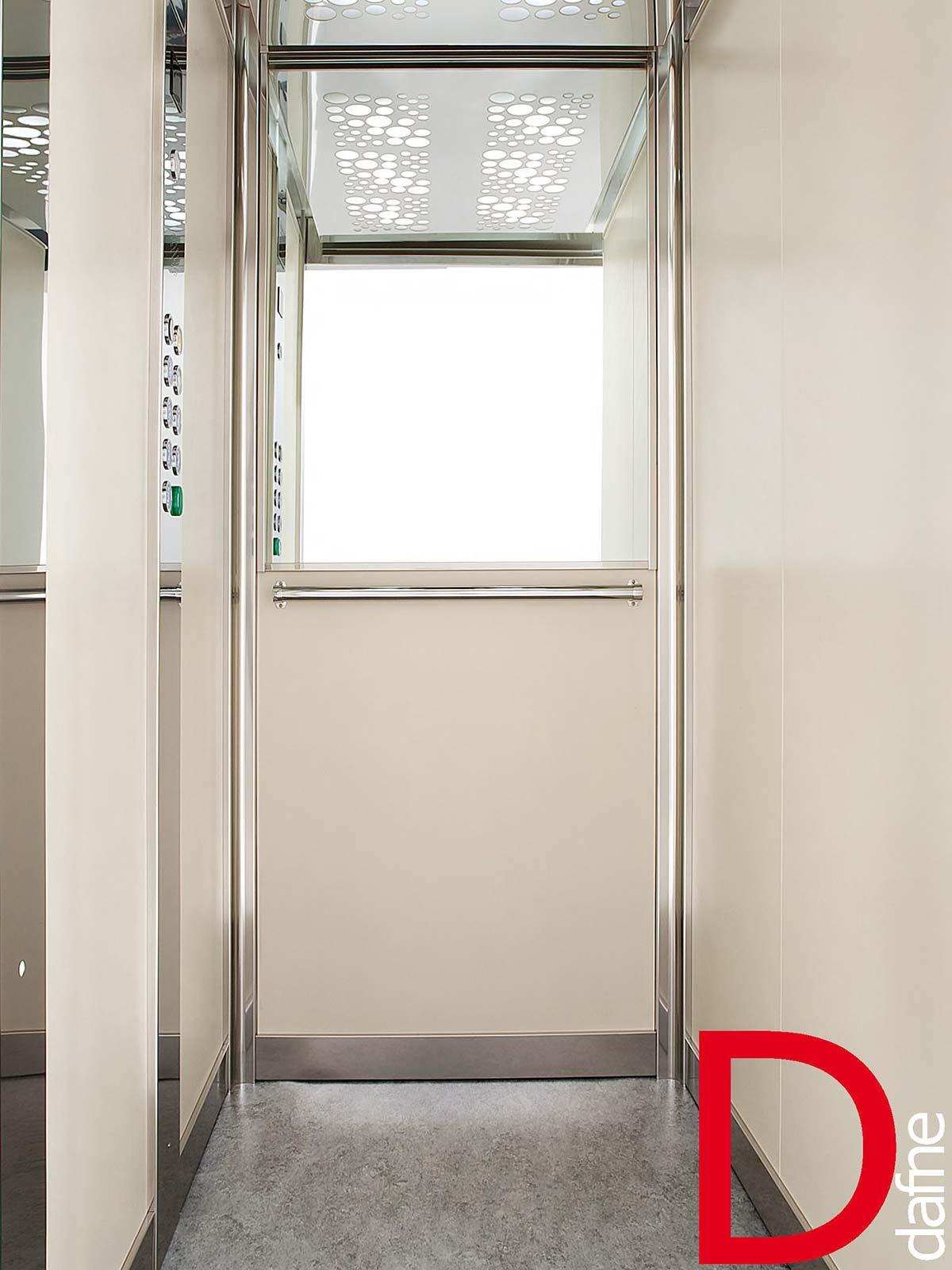 Ascensori bulgherini ascensori for Disegni di cabina di log gratuiti